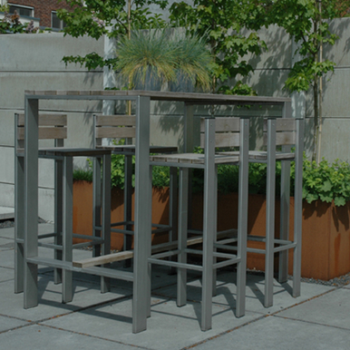 Bartable outdoor